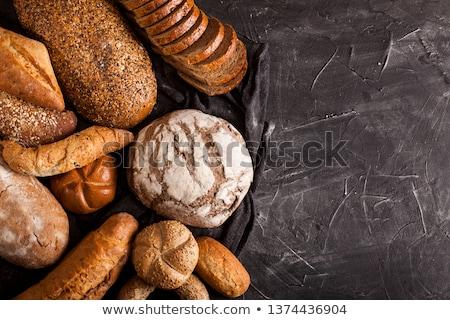 Brood brood kom geïsoleerd witte Stockfoto © oorka