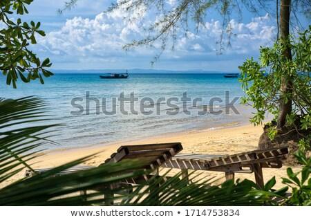 Solitário barco Camboja pequeno mar água Foto stock © prill