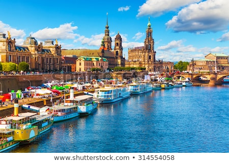 Дрезден · Германия · ратуша · башни · золото · статуя - Сток-фото © vladacanon