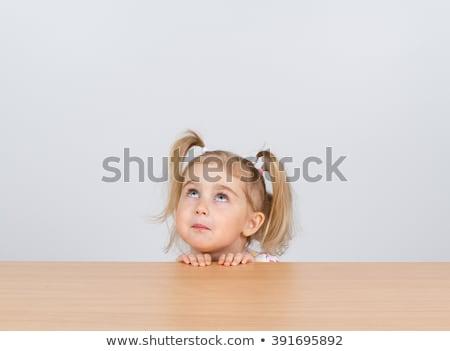 сидят · полу · что · вверх · ребенка - Сток-фото © feedough