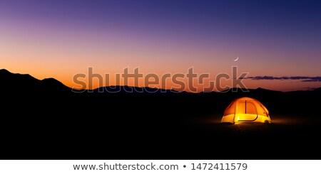 露營 沙漠 現場 插圖 太陽 景觀 商業照片 © bluering