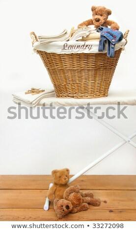 Szennyeskosár plüssmackók fenyőfa padló ház munka Stock fotó © Sandralise