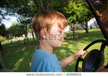 Jongen drive elektrische auto oude paleis thai Stockfoto © meinzahn