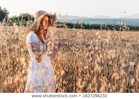 そばかすのある 幸せな女の子 帽子 夢 風の強い 日 ストックフォト © Agatalina
