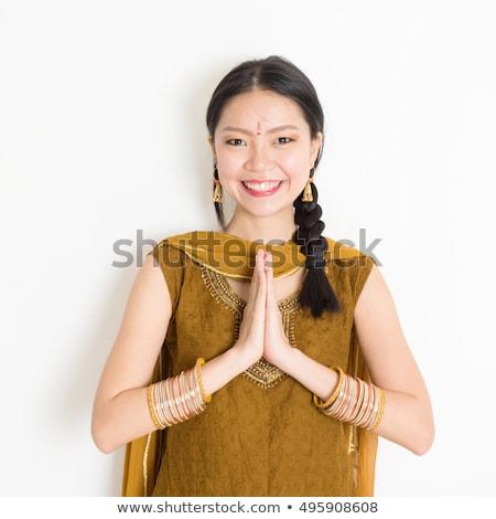 indio · nina · saludo · cute · pequeño · plantean - foto stock © szefei