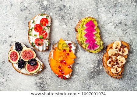 Persimmon zdrowych sezonowy spadek śniadanie Zdjęcia stock © YuliyaGontar