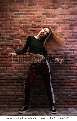 hip · hop · dansçı · genç · kadın · duvar · moda · sokak - stok fotoğraf © deandrobot