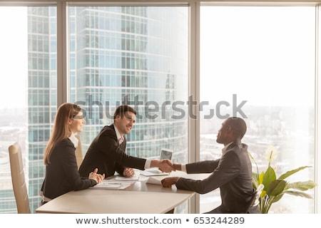 Oldalnézet boldog fiatal több nemzetiségű csoport cégvezetők Stock fotó © wavebreak_media