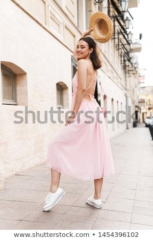 Közelkép divat portré csinos fiatal nő visel Stock fotó © HASLOO