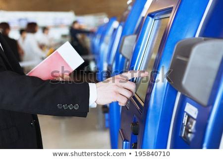 Aeropuerto automático helpdesk signo tiempo cartel Foto stock © Nobilior