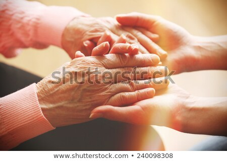 jóvenes · altos · tomados · de · las · manos · otono · manos · mano - foto stock © melpomene