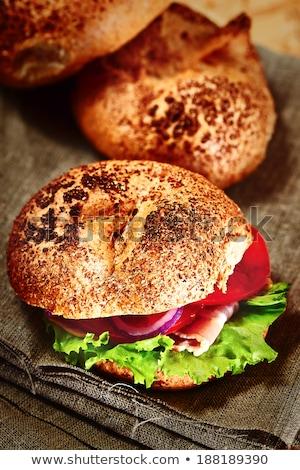 Burger · marul · soğan · domates · peynir - stok fotoğraf © dariazu