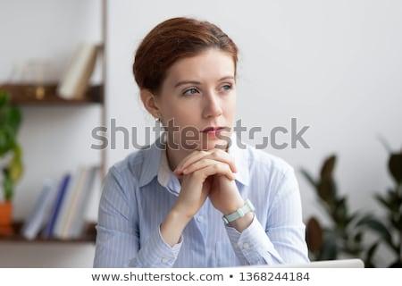 grave · mujer · de · negocios · doblado · armas · mujer · feliz - foto stock © dash