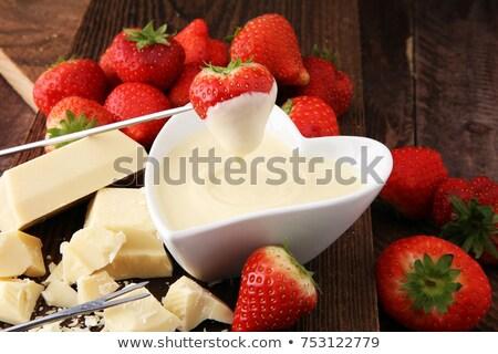 Vers aardbeien witte pot Rood doek Stockfoto © raphotos