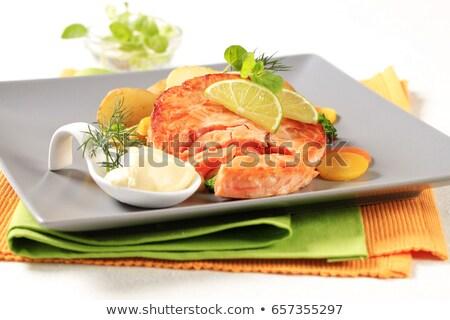 フライド · ステーキ · トマト · プレート · 牛 · 緑 - ストックフォト © digifoodstock