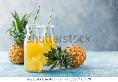 Ananas jus couple verres alimentaire Photo stock © mpessaris