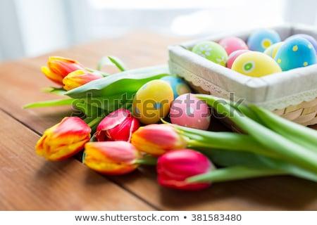 renkli · paskalya · yumurtası · sepet · lâle · çiçekler · Paskalya - stok fotoğraf © dolgachov