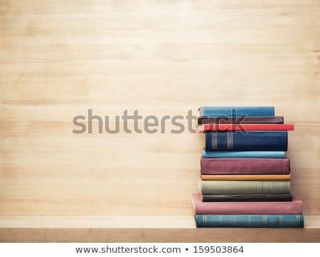 Foto stock: Livro · aberto · livros · isolado · branco · papel