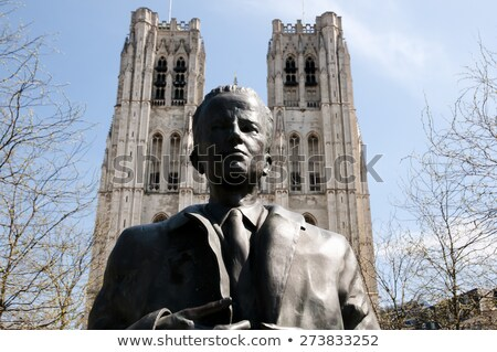 Statua re Bruxelles fallimento cattolico cattedrale Foto d'archivio © backyardproductions
