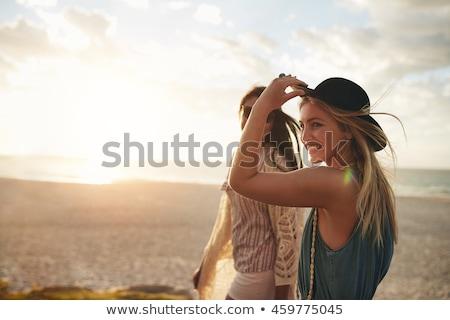 sétál · tenger · homok · nő · fehér · ruha · hát - stock fotó © candyboxphoto