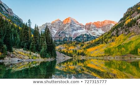 marrom · nascer · do · sol · montanhas · verão · viajar · lago - foto stock © benkrut