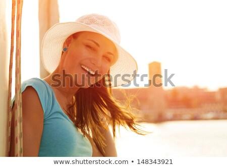 Mujer sonriente sombrero posando yate imagen Foto stock © deandrobot