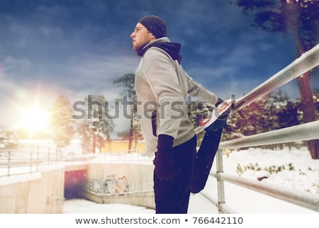 sport · man · triceps · hek · winter · fitness - stockfoto © dolgachov