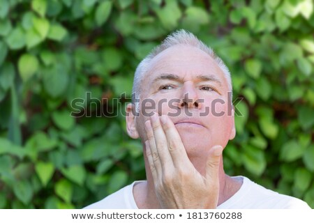Grave hombre barbilla retrato empresario triste Foto stock © filipw