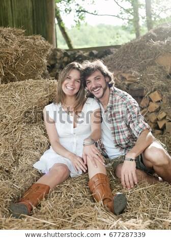 Homem mulher feno celeiro romance felicidade Foto stock © IS2
