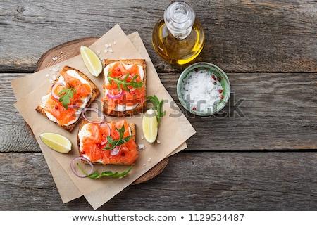 Brood kaas gerookte zalm voedsel achtergrond diner Stockfoto © M-studio