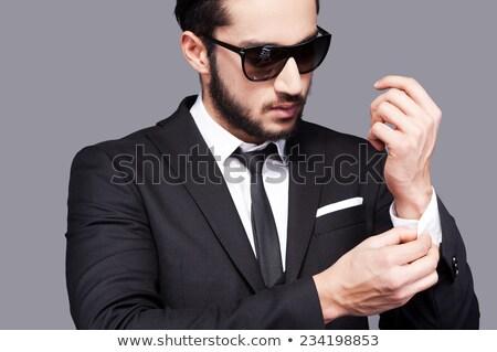 tatuado · homem · camisas · amarrar · caucasiano - foto stock © feedough