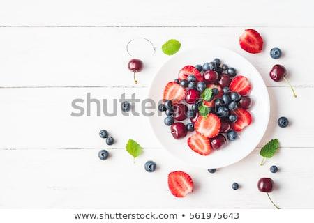 Baies été ensemble framboise myrtille fraise Photo stock © danielgilbey