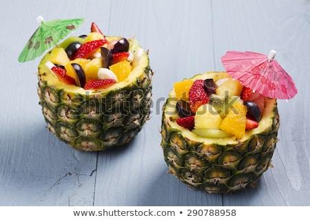 Salade de fruits ananas bol alimentaire fruits déjeuner Photo stock © M-studio