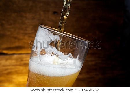 completo · buio · birra · vetro · fresche · bianco - foto d'archivio © oleksandro