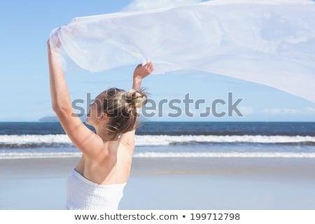 belle · blanche · écharpe · plage - photo stock © wavebreak_media