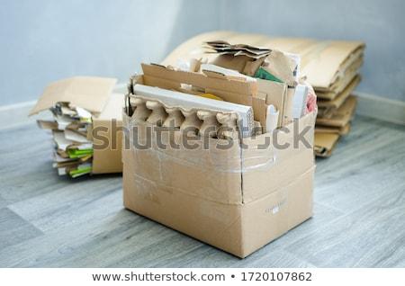 Cartón papel basura basura contenedor reciclar Foto stock © lunamarina
