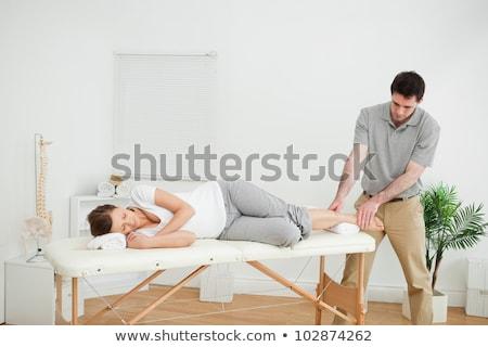 médico · pescoço · mulher · quarto · homem · médico - foto stock © lopolo