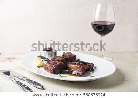 Rode wijn groene ogen mooi meisje ketting drinken Stockfoto © carlodapino