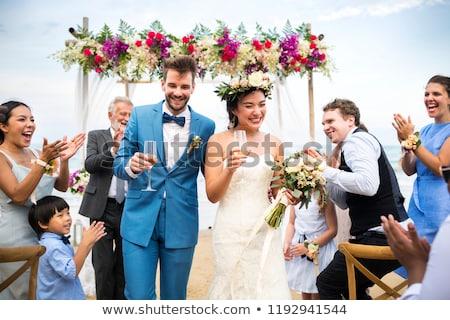 Foto stock: Noiva · noivo · potável · champanhe · casamento · flores