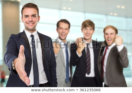 Сток-фото: молодые · инженер · предлагающий · рукопожатие · избирательный · подход · стороны