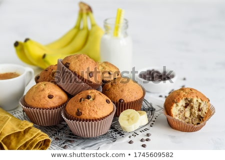 Banana chocolate muffins foto d'archivio © YuliyaGontar