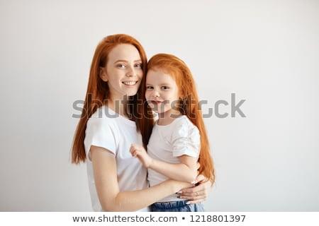 baby · matka · przytulić · biały · brunetka - zdjęcia stock © lunamarina