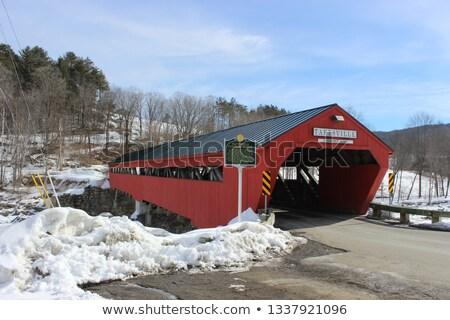 Kırmızı kapalı ahşap köprü Vermont ABD Stok fotoğraf © phbcz