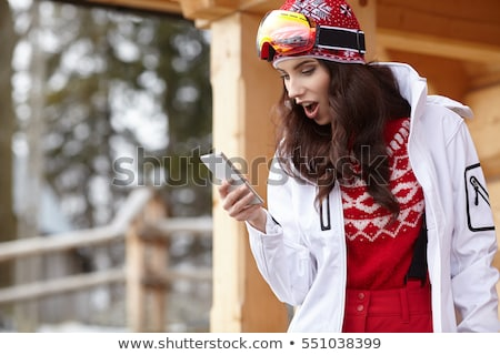fille · hiver · smartphone · belle · isolé - photo stock © kasto