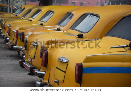 Vintage giallo taxi illustrazione 3d isolato bianco Foto d'archivio © reticent