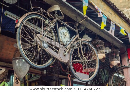 Starożytnych rower starówka wiosną drewna miasta Zdjęcia stock © galitskaya
