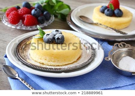 Limão delicioso pudim bolo servido Foto stock © Melnyk