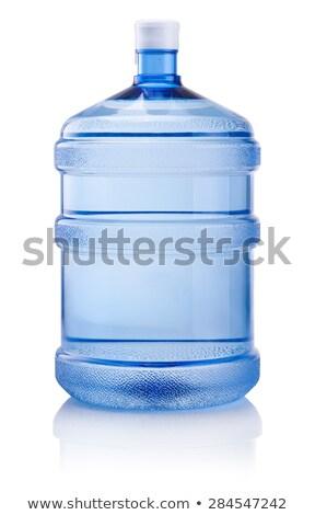 bottiglia · d'acqua · primavera · donna · riempimento · stream · escursioni - foto d'archivio © ozaiachin
