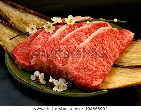 Lombo de vaca bife ameixa vinho tinto cozinhado Foto stock © Klinker