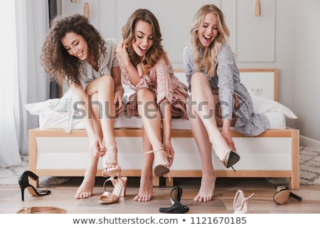 resim · oturma · kadın · yüksek · ayakkabı · genç - stok fotoğraf © master1305